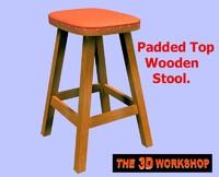poser wooden stool