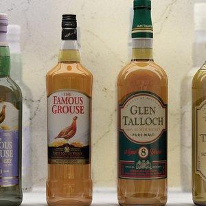20 whisky bottles 3d model