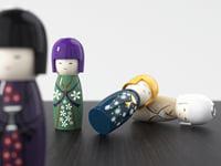 3D kokeshi candlesticks