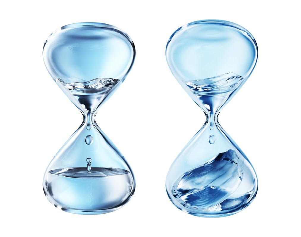 3D hourglass water glass model