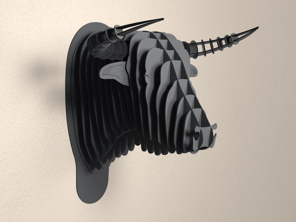 cardboard safari toro bull head model