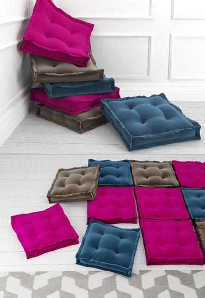 3D velvet floor cushions
