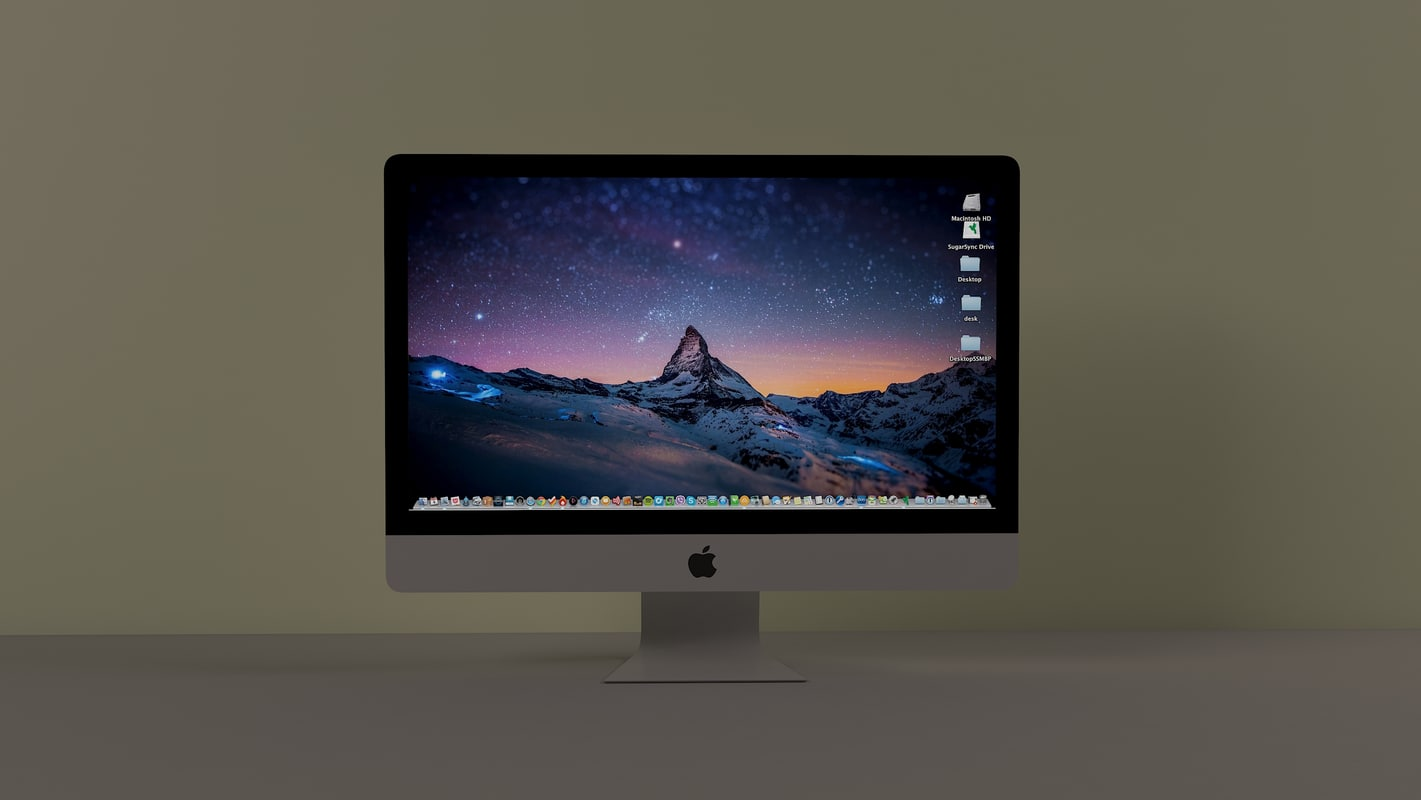 3D apple monitor