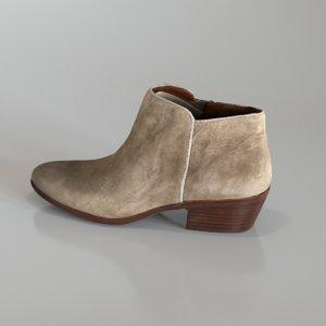 shoe sam edelman petty model
