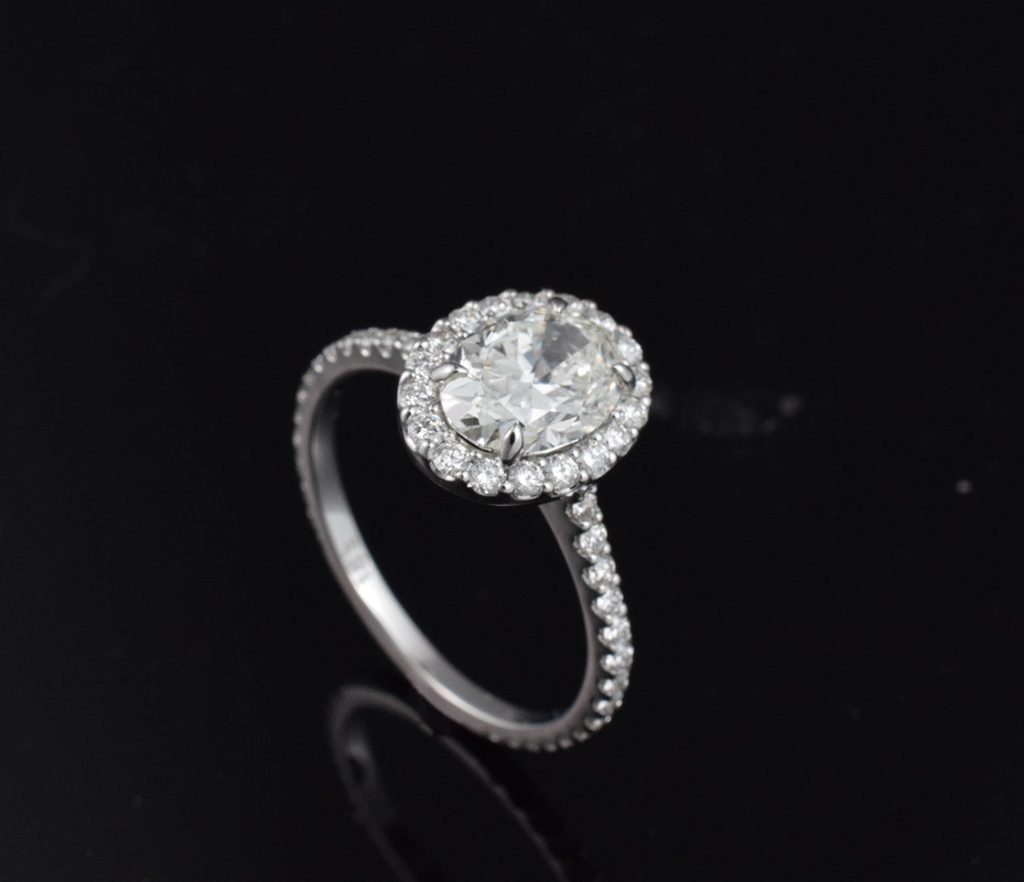 3D oval halo ring model
