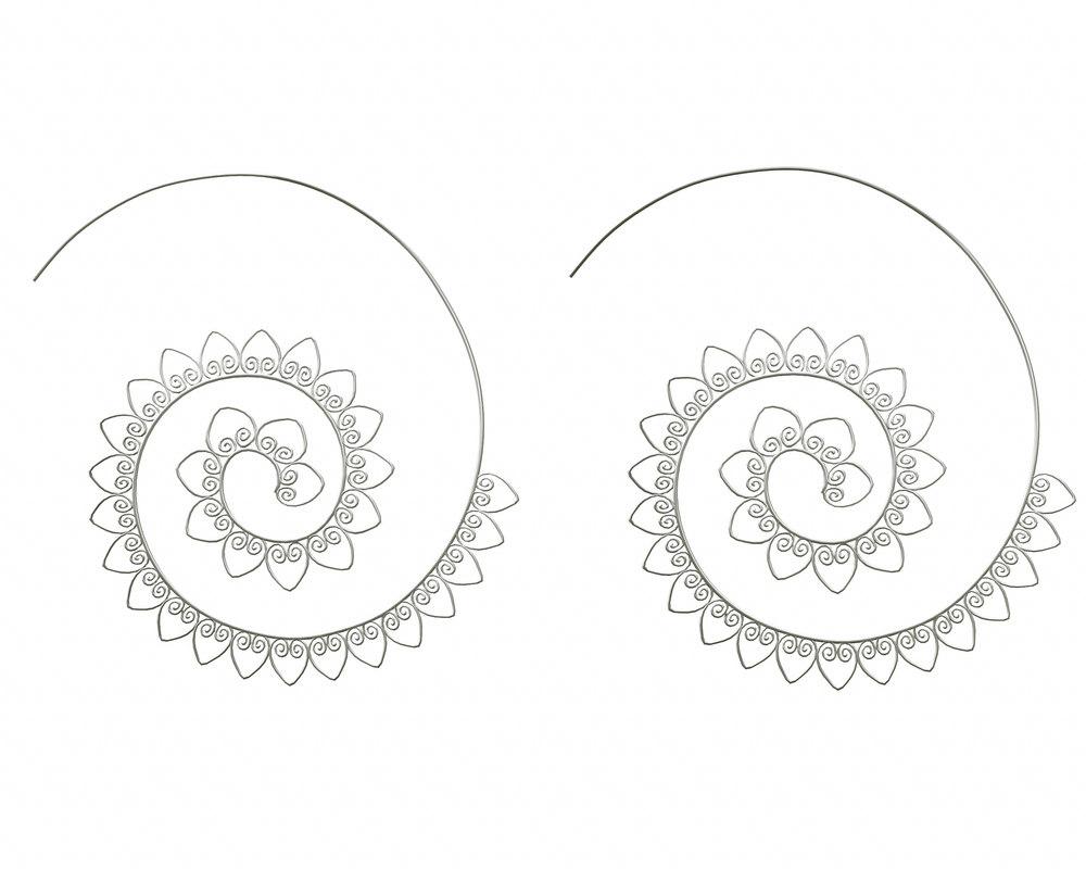 silver earrings spiral hearts 3D model