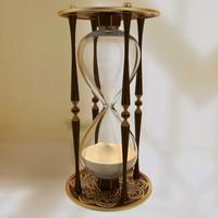 Hourglass05