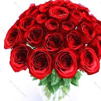 realistic roses vase 3d model