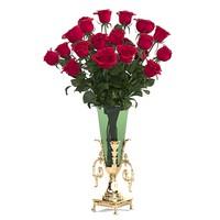 Rose Flower Bouquet in the big vase