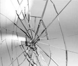 3d glass shattering model