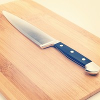 Kitchen knife & Cutting board