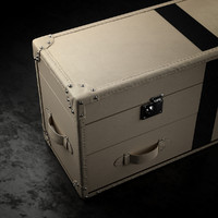 kelly hoppen long trunk