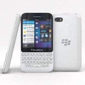 3d blackberry q5 white model