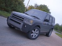 Land Rover Discovery 3 realistic