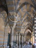 Entrance arches, Duomo, Amalfi 0263.JPG