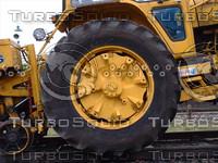 tractor wheel2.jpg