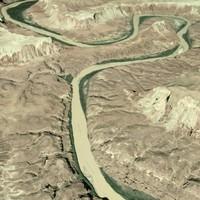 Desert Terrain w/ River (Canyonlands NP)