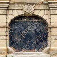 old_medieval_door02.jpg