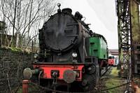 Oldt steam locomotive