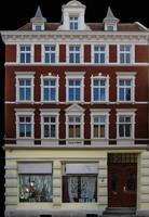 h_res_facade14