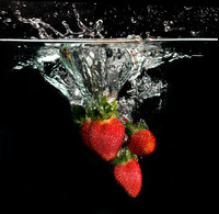 Fruit in Water Strawberry2