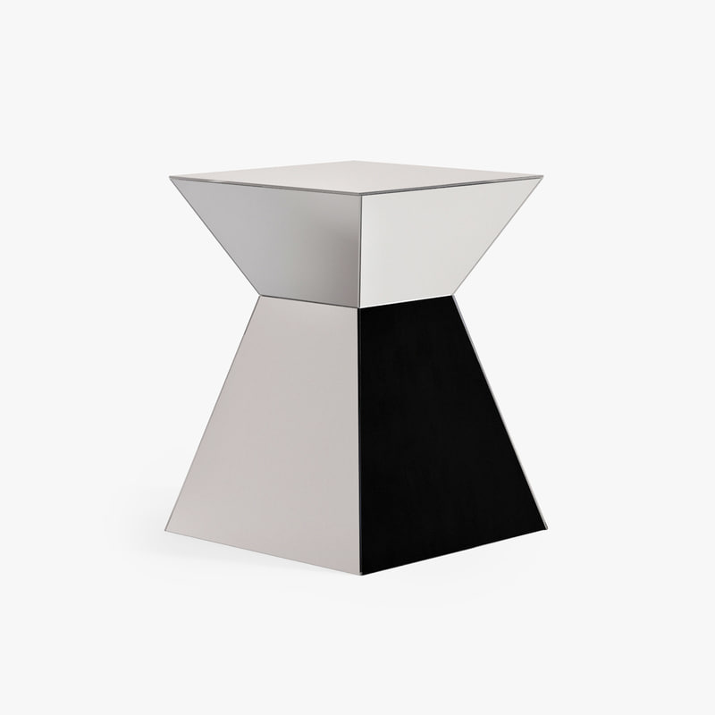 3d model table pyramid