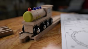 2016 wooden toy train max