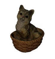 3d realistic cat basket model