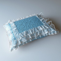 max pillow lace
