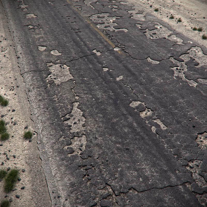 3d max cracked asphalt road