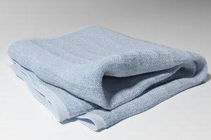 max realistic bathroom towel