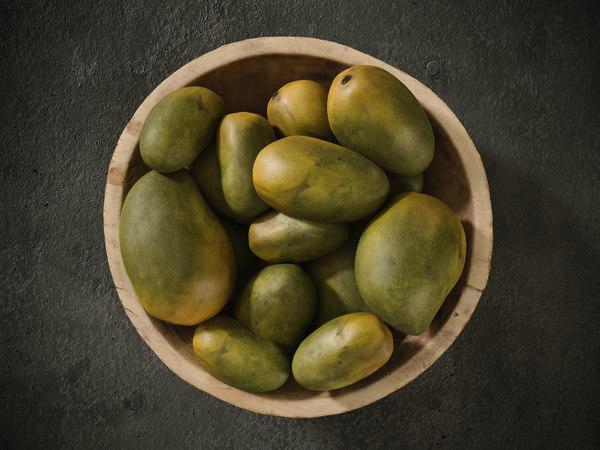 3D hazelnut mango green