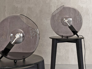 3D hollie table lamp