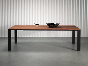 3D naia extendable dining table model