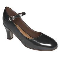 Shoe woman