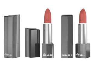 doucce lip model