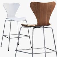 Fritz Hansen Series 7 counter stool