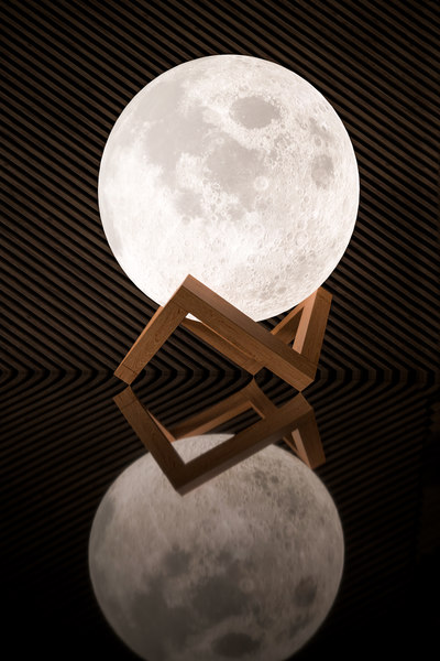 3d Moon Lamp Turbosquid 1475547