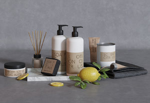 bathroom set granit skincare 3D