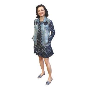 3D model woman standing