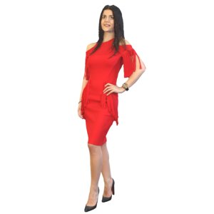 red standing model