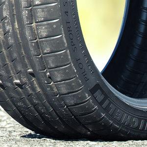 3D car tire model