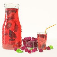 Cold raspberry lemonade