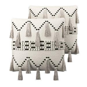 3D cushion tassel