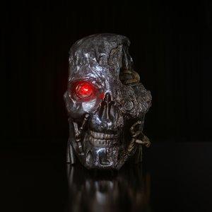 robot head damaged 3D